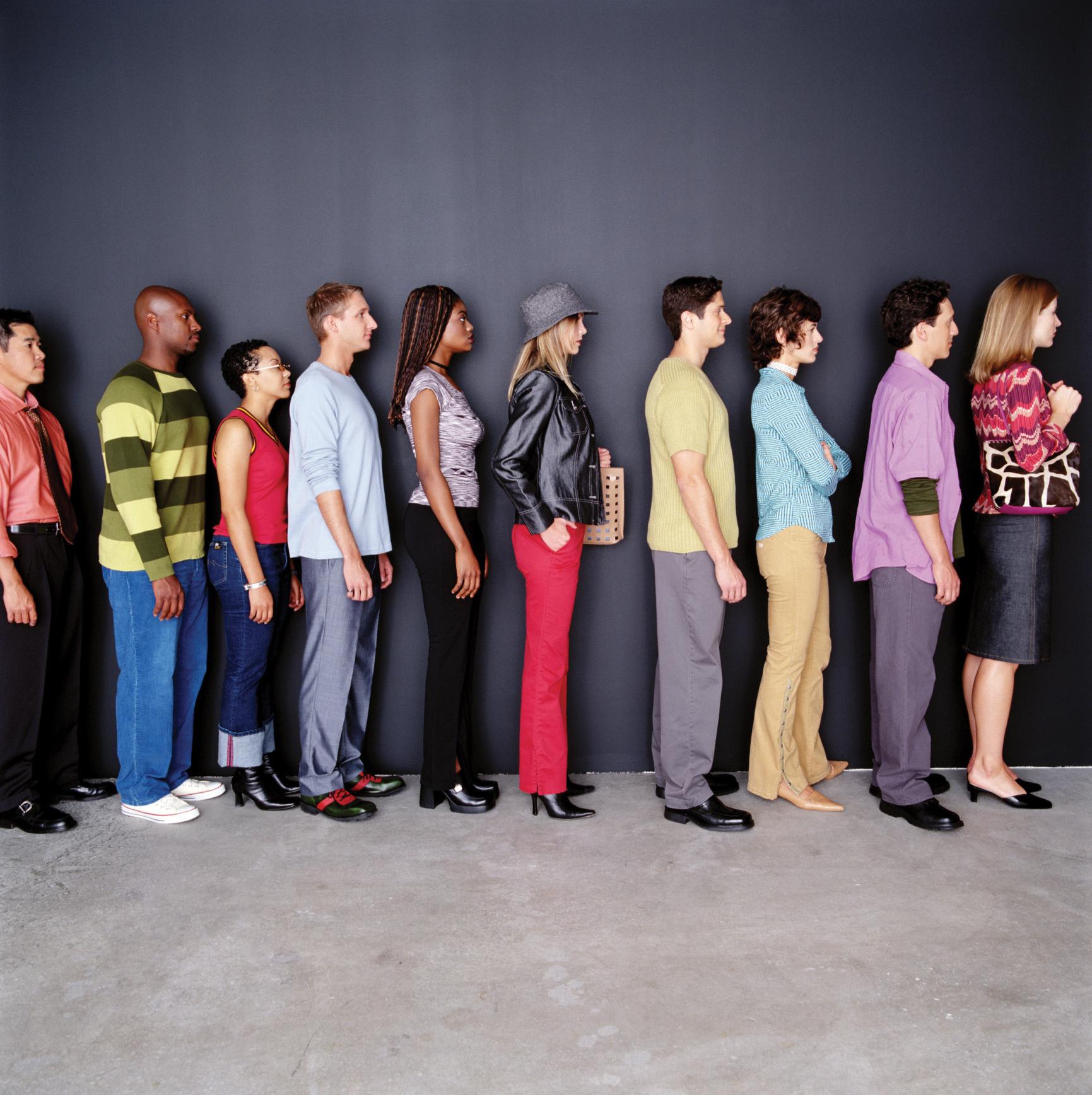 картинка клиенты стоят в очереди уложился два съёмке