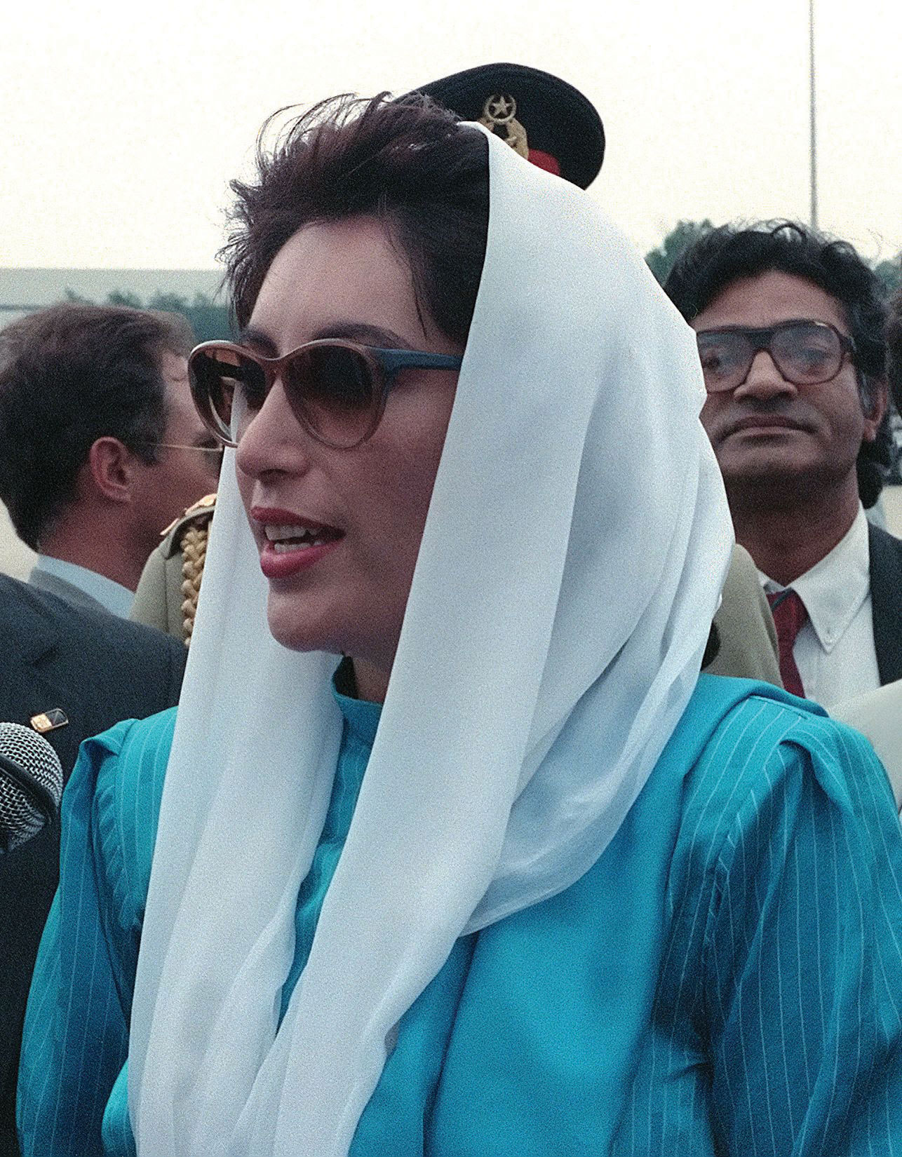Image search: Zardari Bhutto: benazir bhutto marriage pictures